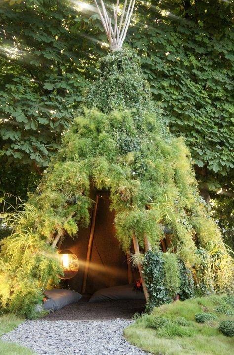 tipi et arbres. 2jpg
